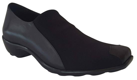 Nomisa Black Stretch Fabric Shoe